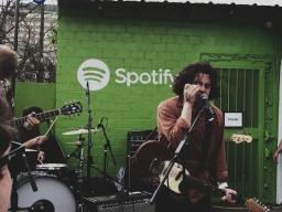 Müzik şirketlerinin internetle imtihanı